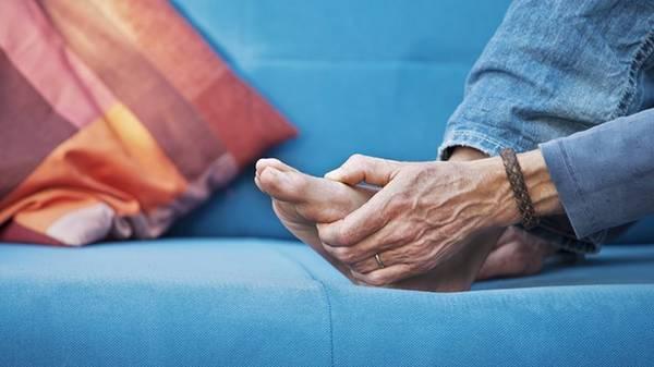 arthritis-stiffness-5f2917bb7a635