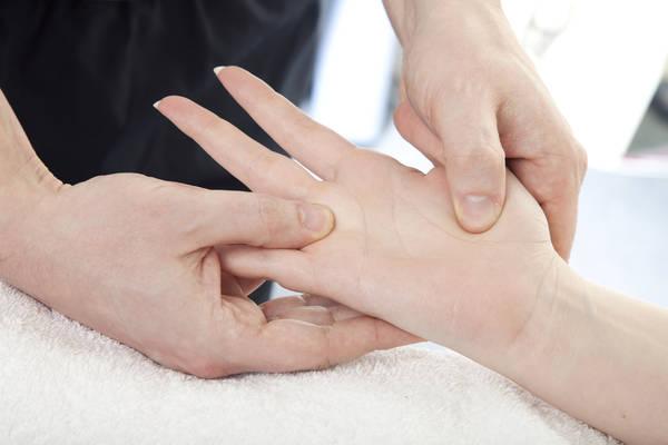 prevent-bent-fingers-5f2917d47eaf3